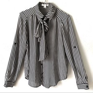 Forever 21 tie front vertical striped blouse